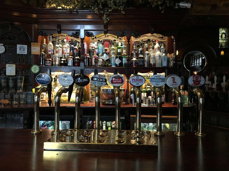 De pubs por Liverpool